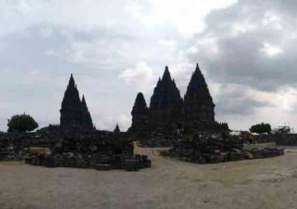 Harga Tiket Masuk Candi Prambanan 2020 Tours By Rail